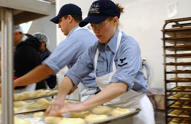 práce v pekárně