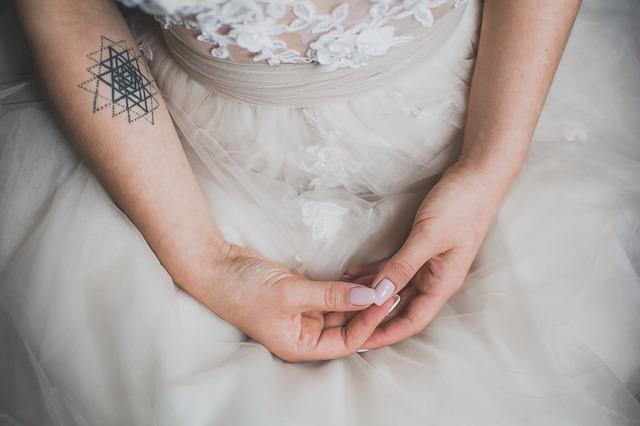 tetovaná nevěsta