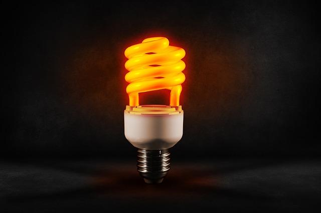 oranžová žárovka