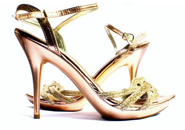 zlaté taneční boty