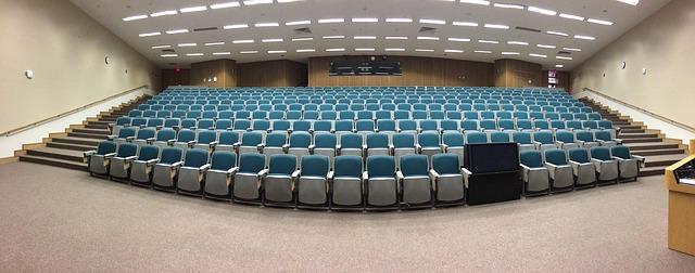 hlediště na přednášky