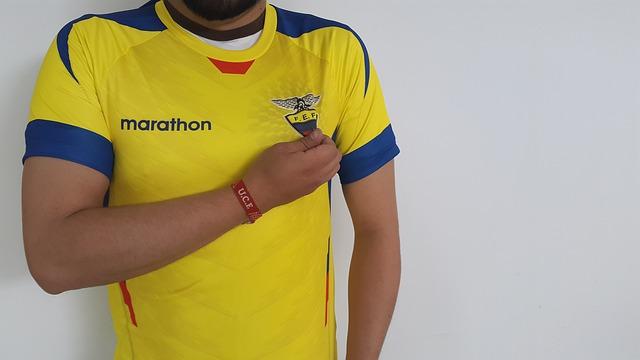 tričko s nápisem Marathon
