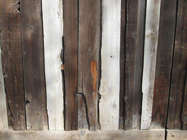 starý dřevěný plot